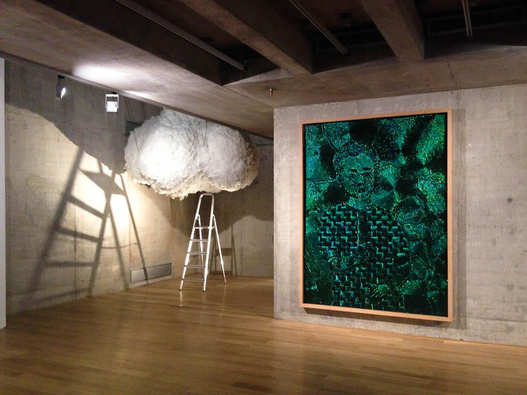 Nube, de Peter De Cupere, y cuadro de Jan Fabre. Foto